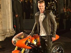 Beckham sành điệu trong bộ đồ da cùng dàn người đẹp
