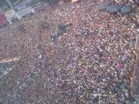 Kinh ngạc lượng fan đông cực 'khủng' bấn loạn vì T-ara, Davichi