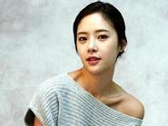 Sự thật thú vị về Hwang Jung Eum