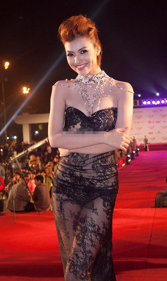 Xã hội - Hot girl Việt thực hiện lời hứa 'ngoan hơn' như thế nào? (Hình 8).