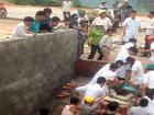 Sập tường khiến 4 người chết, 2 người bị thương