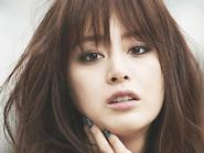 Kim Tae Hee thoải mái khi sống độc thân