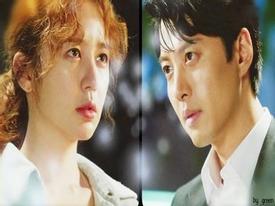 Yoon Eun Hye bàng hoàng vì bị Lee Dong Gun tạt nước ướt sũng