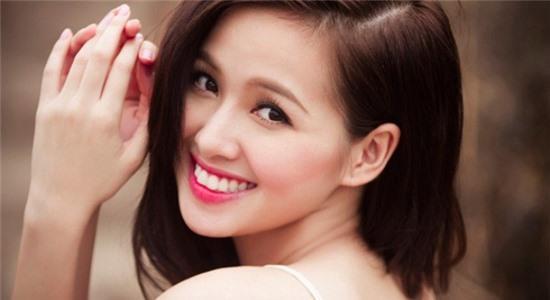 7 hot girl có gương mặt 'ăn điểm' nhất Việt Nam