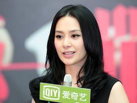Chung Hân Đồng 'lột xác' nhờ scandal ảnh nóng
