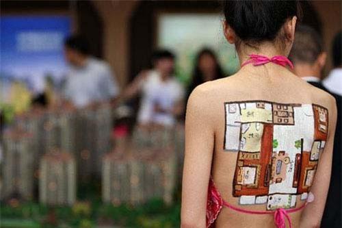 Rộ trào lưu kiếm tiền từ lưng, đùi, ngực