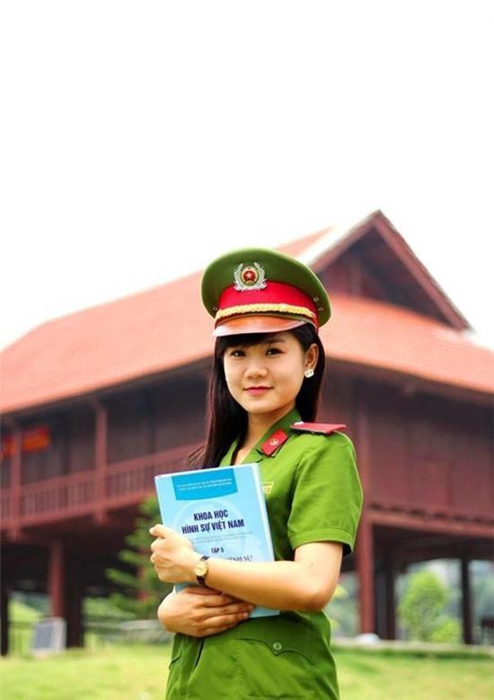 Nữ sinh trường Cảnh sát xinh đẹp đóng phim nổi tiếng
