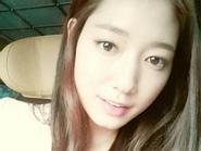 'Lọ lem' Park Shin Hye khoe giọng hát trong sáng trong The Heirs