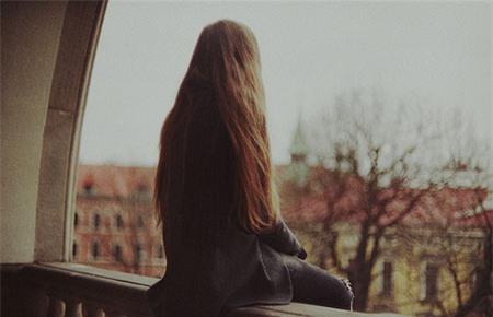 Xã hội - Là em tự nhốt mình vào cô đơn đấy thôi! (Hình 2).