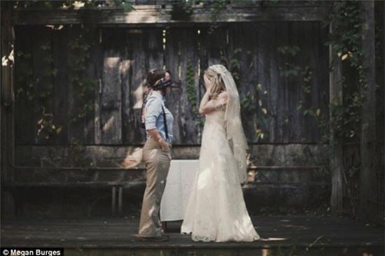 Bộ ảnh cưới của cặp đồng tính nữ gây sốt Internet 4