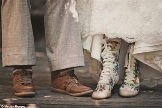 Bộ ảnh cưới của cặp đồng tính nữ gây sốt Internet 9