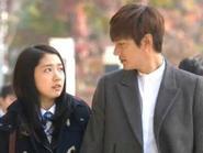 Nhặt sạn phim hot 'The Heirs' của Lee Min Ho