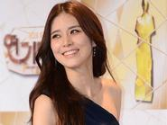 SBS Drama Awards 23: Lee Bo Young đại thắng với I Hear Your Voice