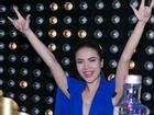 Yến Trang sành điệu trong tiệc năm mới
