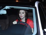 Angela Phương Trinh, Chi Pu tự lái xếp hộp đi thi