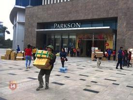 Nhiều gian hàng thiệt hại tiền tỷ sau khi Parkson Keangnam đóng cửa