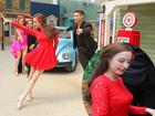 BNHV: Mặc scandal tình ái, Angela Phương Trinh xinh đẹp đi tập nhảy