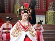 """Style thảm đỏ lộng lẫy của 3 phi tần """"hiểm độc"""" nhất phim Võ Tắc Thiên"""