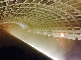 86 người bị thương vì khói tràn kín trạm tàu điện ngầm ở Mỹ
