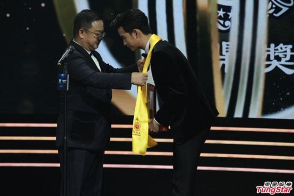 Lộ diện Ảnh hậu và Ảnh đế mới của Giải thưởng Hoa đỉnh
