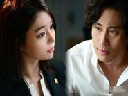 """Lee Min Jung """"Yêu trong bí mật"""" với Shin Ha Kyun"""