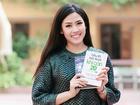 Nguyễn Thị Loan quyên góp sách cho học trò nghèo miền núi