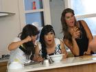 Nhóm MTV hóa thân thành những bà nội trợ đảm đang trong MV mới