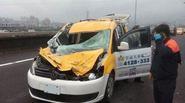 Lời kể tài xế taxi thoát chết thần kỳ sau khi bị máy bay đâm