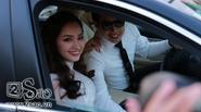 Chú rể tự lái xe đưa cô dâu Trúc Diễm đến nhà hàng tiệc cưới