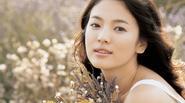 Khám phá công thức dưỡng da trắng mịn của Song Hye Kyo