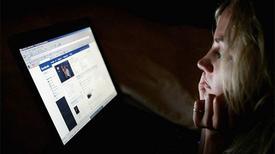 Sử dụng facebook dễ bị trầm cảm?