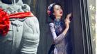 HH Ngọc Diễm kiêu sa với áo dài cách tân chúc mừng năm mới