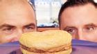 Chiếc bánh hamburger