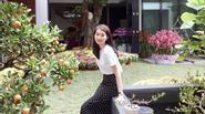 Thu Thảo dịu dàng, Ngọc Trinh quyến rũ trong street style đón Tết