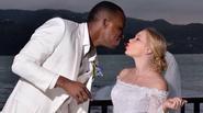 Sao V.League chụp ảnh cưới cùng bạn gái Nga ở biển Caribê