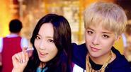 Amber f(x) khen 'nức nở' đàn chị Taeyeon (SNSD) trong sản phẩm mới