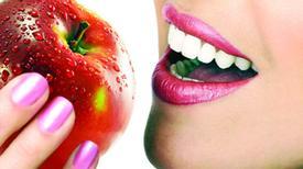 Lợi ích làm đẹp tuyệt vời từ dấm táo