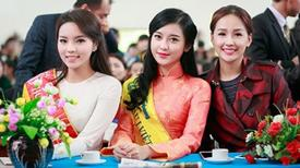 """1001 kiểu trang phục """"mua thêm tuổi"""" của mỹ nữ Việt"""