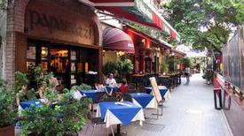 Con hẻm ăn chơi nổi tiếng ở Hong Kong