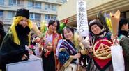 Khi sinh viên Nhật Bản mặc đồ cosplay đi nhận bằng tốt nghiệp