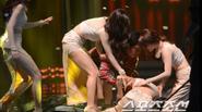 Thần tượng Kpop và những lần ngất trên sân khấu