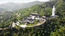 Tu viện 193 triệu USD ở Hong Kong