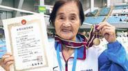 Cụ bà 100 tuổi người Nhật Bản lập kỷ lục sau khi bơi 1.500m