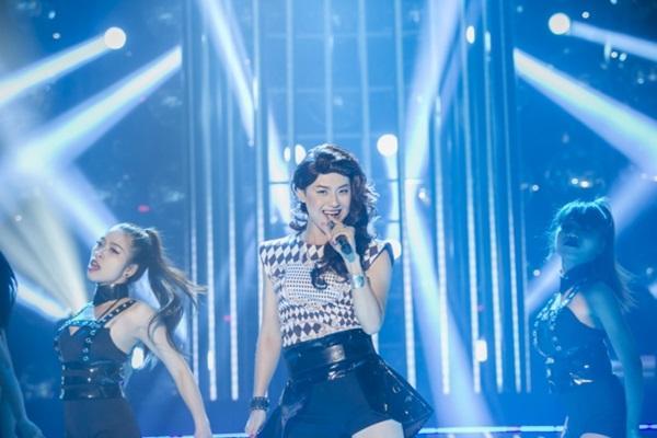 GMTQ: Choáng váng với màn giả  AiLee cực giống  của Thanh Duy Idol