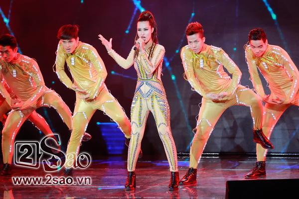 The Remix: Đông Nhi xuất sắc nhận 4 điểm 10