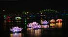7 đóa hoa sen khổng lồ lung linh thắp sáng dòng sông Hàn