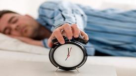 Tác hại của việc ngủ ngày thay đêm