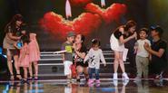 Gia đình Bình Minh, Ốc Thanh Vân, Trương Quỳnh Anh 'khuấy động' sân khấu Dấu ấn