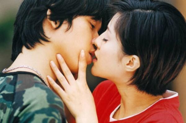 Nụ hôn đầu đáng nhớ của kiều nữ Hoa ngữ