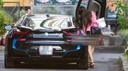 Midu được chồng sắp cưới lái siêu xe bạc tỷ đưa đón